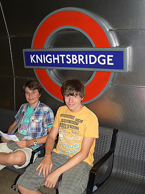 metro Knightsbridge.jpg