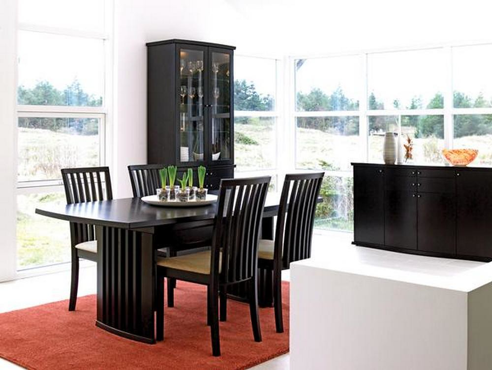 0018 dining table