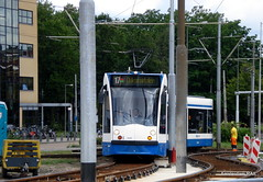 Amsterdam: curve for the time being (Amsterdam RAIL) Tags: amsterdam trolley tram streetcar tramway temporal boog strassenbahn electrico tranvia gvb combino tramvia temporaire bocht tijdelijk gvba cornelislelylaan