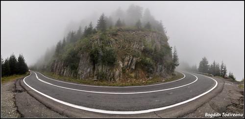 Transfăgărășan în ceață
