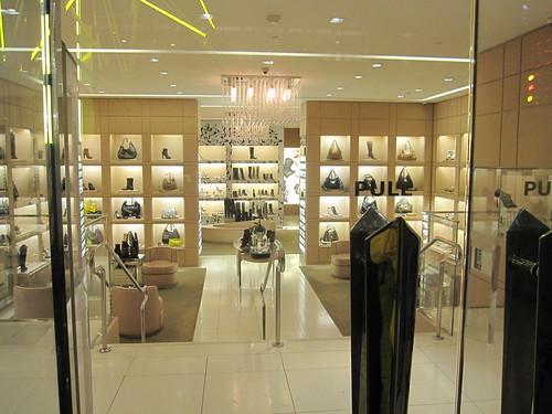 Fashion Night Out 2010 065