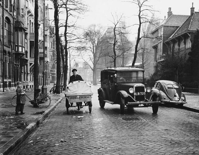 11-27-1952_11163 Jan Luijkenstraat