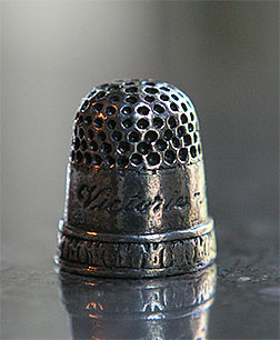 Victoria and Albert Thimble