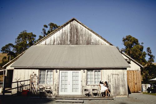 white wash barn