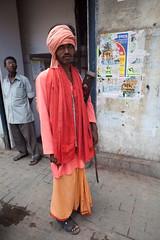 Rencontre (hubertguyon) Tags: portrait india western bengal calcutta homme inde bengaleoccidental earthasia