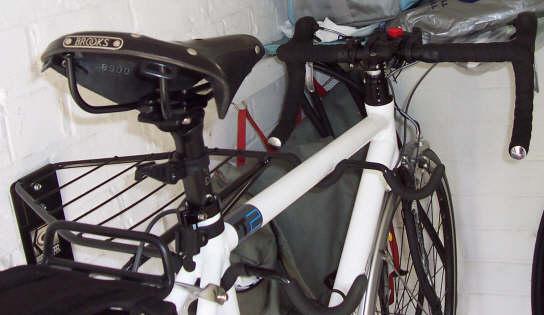 gear_up_2-bike_horizontal-bike-rack_wall-mounted_above_view