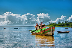 BARCO SANTA CRUZ - REVIEW (Carlos Kill Fotógrafo) Tags: santa landscape boat kill barco carlos cruz grupo es hdr cliques aracruz