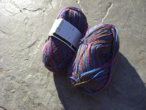 Socks on deck - Charade
