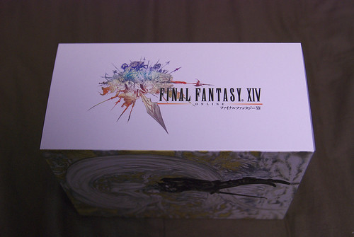 FINAL FANTASY XIV Collector's Edition Package right side