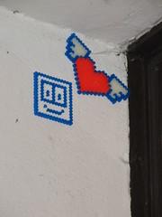 TEK in Love (teknaut) Tags: streetart berlin art beads heart urbanart smiley tek herz perlen hamabeads perlerbeads ironbeads bgelperlen meltbeads teknaut