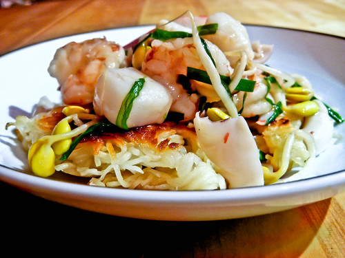 Post image for Seafood Chow Mein – Take That, Takeout!