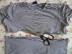 Cortando a camiseta