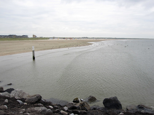 Beach from Zuidpier, IJmuiden