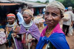 Femmes Bonda (hubertguyon) Tags: woman india market femme tribal tribe marché orissa inde tribu bonda onkadelli earthasia