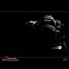 I am Nikon (_Hadock_) Tags: bw white black blanco d50 50mm nikon key y low negro bn baja nikkor f18 tamron 18200 clave d80 strobist mbd80 sb900