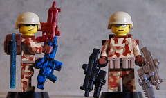 BA Heavy Assault Carbine (Catsy [CC]) Tags: fan lego helmet assault choice acr combat heavy scar 2010 carbine hac catsy pasgt brickarms