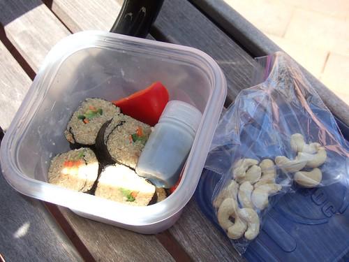 Quinoa sushi to go