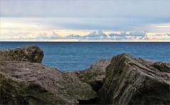 Scarborough Bluffs (montreal_bunny) Tags: blue lake ontario nature water canon rocks horizon lakeontario scarboroughbluffs cmwdblue sx30 canonsx30is