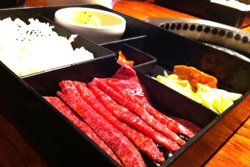 'Soul of Seoul'スタンプが五個溜まり、上カルビを普通のカルビのお値段で食す。
