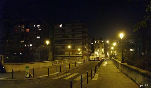 Pont de Paris : rue Charles Renouvier
