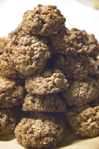 pähklitega kaerahelbeküpsised