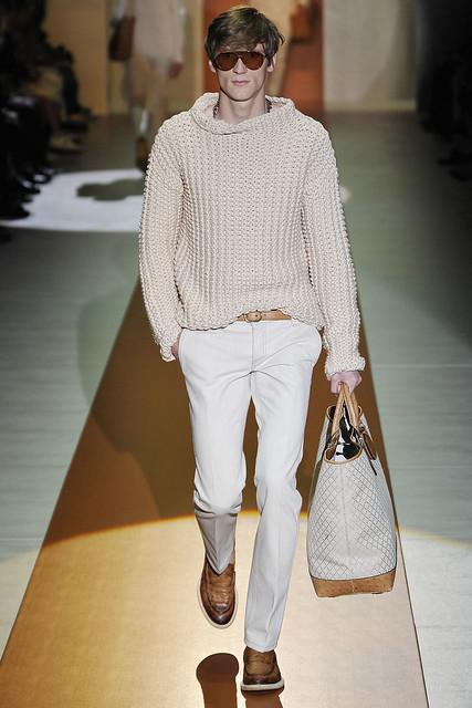 Bastiaan Ninaber3370_SS11_Milan_Gucci(VOGUEcom)