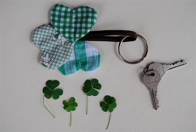 clover keychain