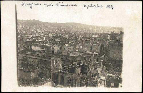 Yangından geri kalan İzmir