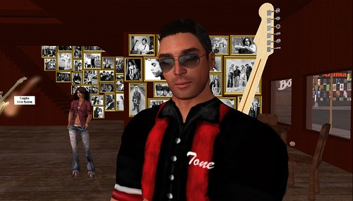 Tone Uriza in Second Life