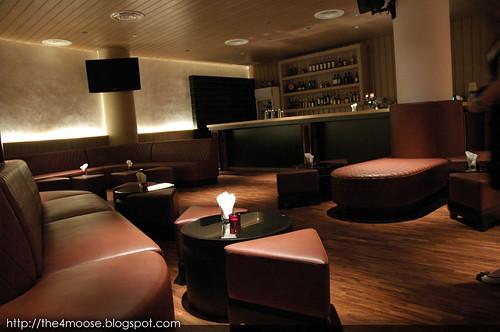 TAB - Lounge