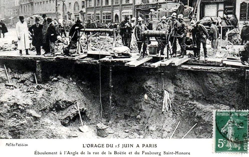 effondrement de chaussée avenue d'Antin à Paris après l'orage du 15 juin 1914