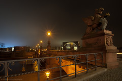 Moltke-Brcke (Dietrich Bojko Photographie) Tags: bridge light berlin night germany deutschland evening abend licht nacht lichter kanzleramt dietrichbojko dietrichbojkophotographie