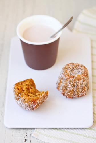 Pastissets d'avellana i carbassa