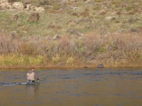 Jeff fishing the John Day River