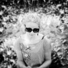 Evelina (boolve) Tags: ne lt 2010 vasara evelina akiniai portretas kaimas taip ne6 ne4 ne5 ne2 ne8 ne3 skuodas 6millionpeople panel ne7 taip2 taip5 taip7 taip10 taip3 taip4 taip6 taip8 taip9 fotofiltroauksas juodaibaltas evelinos