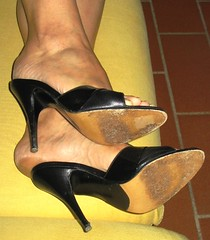 Hard soles in high heels (al_garcia) Tags: high long sandals heel mules soles smelly toenails calloused