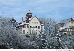 Winterliches Verbindungshaus (to.wi) Tags: studenten tübingen verbindung burschenschaft denkmalschutz verbindungshaus studentenschaft towi