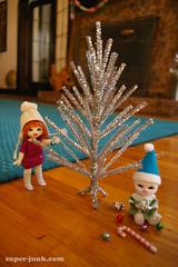 wee tree (Super*Junk) Tags: christmas winter holiday tree silver toys snowman aluminum dolls handmade crafts tinsel pong 2010 pukipuki