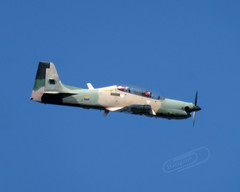 Embraer Tucano (Mark V.I) Tags: canon canonpowershotsx700hs aeronave avion aviacion aviation aircraft amb ambv favb fav military militaria militar miliitary des parade flying flyby flyiing 5dejulio practica practice embraer tucano turboprop turbohelice props