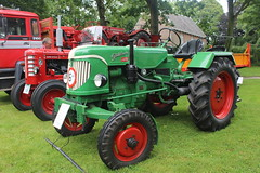 1957 Güldner ABN Diesel tractor (Davydutchy) Tags: otto stnicolaasga stnyk fryslân friesland frisia frise nederland netherlands niederlande paysbas holland car show auto automobile automobiel trekker tractor tracteur trecker schleppmaschine güldner abn diesel july 2017