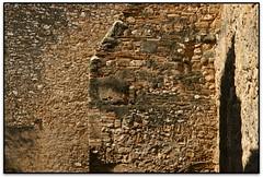 Baixada del Roser, Tarragona (el Tarragonès) (Jesús Cano Sánchez) Tags: elsenyordelsbertins canon eos20d tamron18200 catalunya cataluña catalonia espanya españa spain tarragones tarragona roma imperi romano imperio roman empire muralles murallas walls unesco