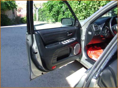 Detallado interior integral Lexus IS200-48