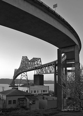 curvy bridge (Studiobaker) Tags: bridge blackandwhite bw oregon river blackwhite washington or curves columbia curvy columbiariver astoria wa curve megler continuoustruss studiobaker