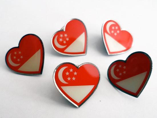 Casey Chen's Singapore Heart Flag pins