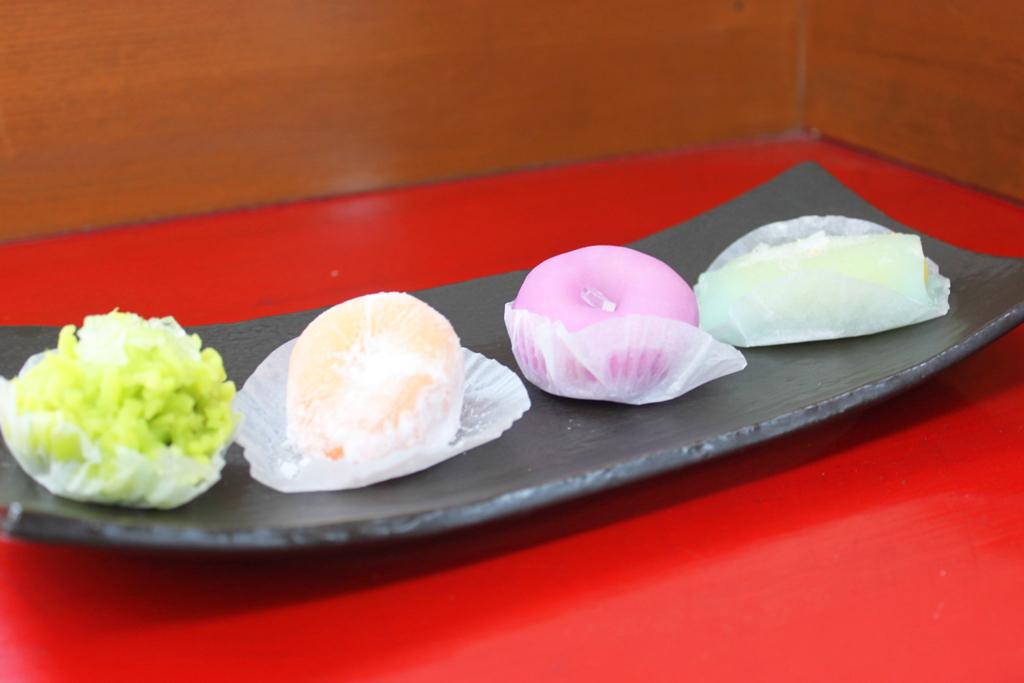 Wagashi  Ichigestu (5)
