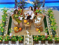 bird of paradise garden (deborah is lola) Tags: garden ducks birdofparadise honey winniethepooh rement peabodyhotel fashionroyalty eugeniafrost nataliafatale playscaleminiatures facetimeeugenia mostdesirednatalia