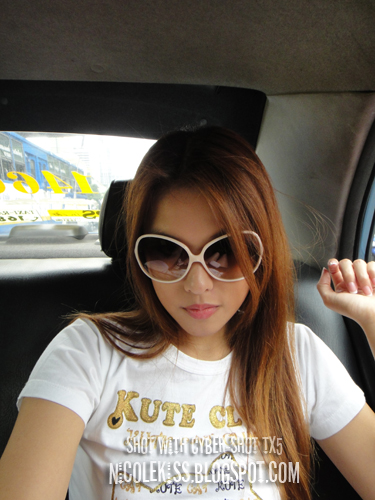 camwhore in car