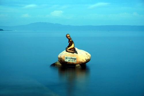 Mermaid at sea
