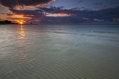 Wake Up - Fortune Beach, Grand Bahama Island, Bahamas (D Breezy - davidthompsonphotography.com) Tags: vacation sun clouds sunrise canon sand patterns tropical ripples bahamas freeport atlanticocean grandbahamaisland 1740l 1740mml fortunebeach singhrayfilter 5dmarkii canon5dmarkii 3stopreversegnd