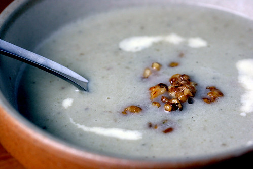 Celery and cauliflower soup with walnut croutons